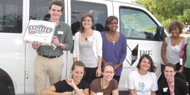 Van-with-volunteers-980x4001-980x350