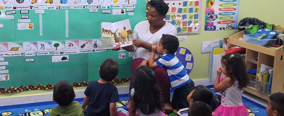 palomita-teachers-reading-3